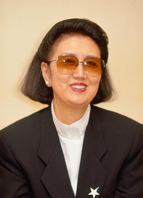 Hanae Mori PROFILE